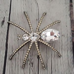 SIGNED JONETTE JEWELRY RHINESTONE SPIDER BROOCH